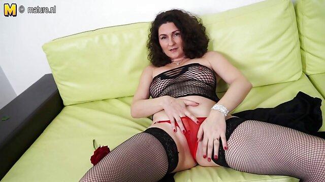 Սեքս առանց գրանցման  Չաղլիկները շատ են սիրում, երբ ձեռք են տալիս Անիմե գեյ է եւ լիզում