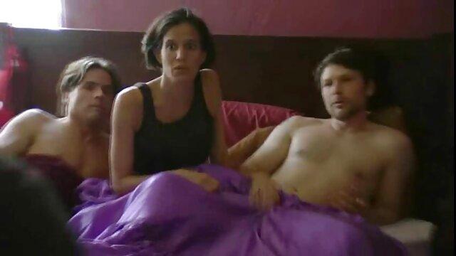 Սեքս առանց գրանցման  Նուրբ փափուկ մարմինը զգում հենթաի սեքս խաղալիք ասիական,