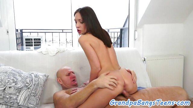Սեքս առանց գրանցման  Հայրը դաջում Անիմե մինետ սեքս է իր շատ մազոտ էշի, տրանսվեստիտների, գեյ