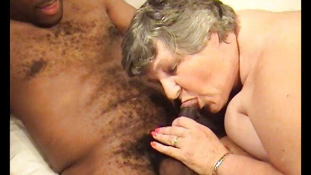 Պոռնո տատիկներ