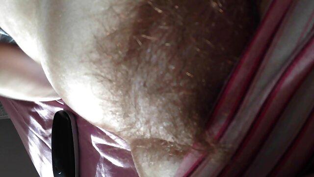Սեքս առանց գրանցման  Նրա գեղեցիկ մեծ կրծքեր, անսահման ստրատոս սեքս լեսբիներ, դեմք, 69