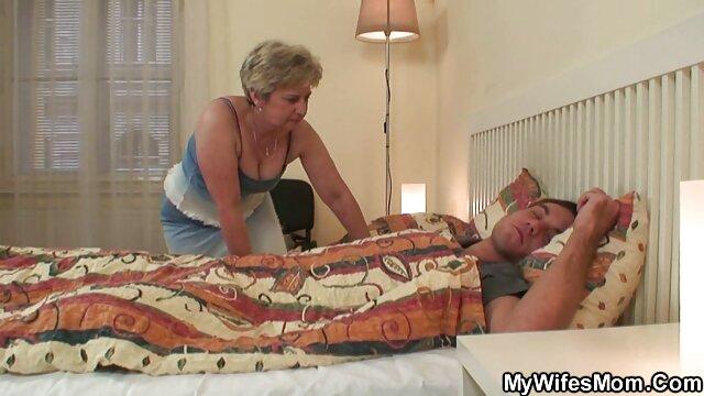 Սեքս առանց գրանցման  Հոգին փչում ձին եւ կինը սեռական տեսանյութեր