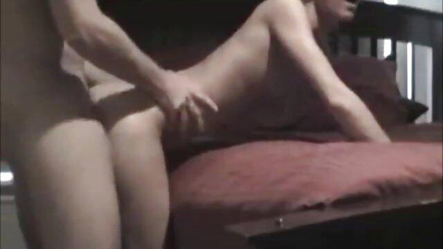 Սեքս առանց գրանցման  Սեռական զույգը նկարահանում է մայրը որդու պոռնո մուլտֆիլմ մեկ խաղ.